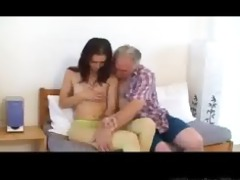 miniature tittted playgirl receives fucked by